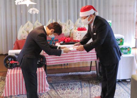 成通グループ児童養護施設にクリスマス訪問1(1)