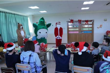 2020年12月(栃木県) 栃木岩舟店 児童福祉施設へ景品寄贈