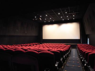 新文芸坐の劇場